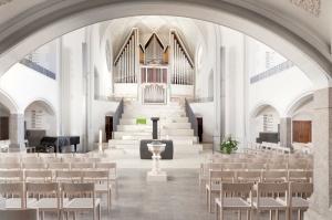 Friedenskirche bestuhlt-006