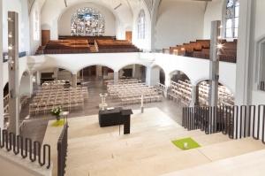 Friedenskirche bestuhlt-012